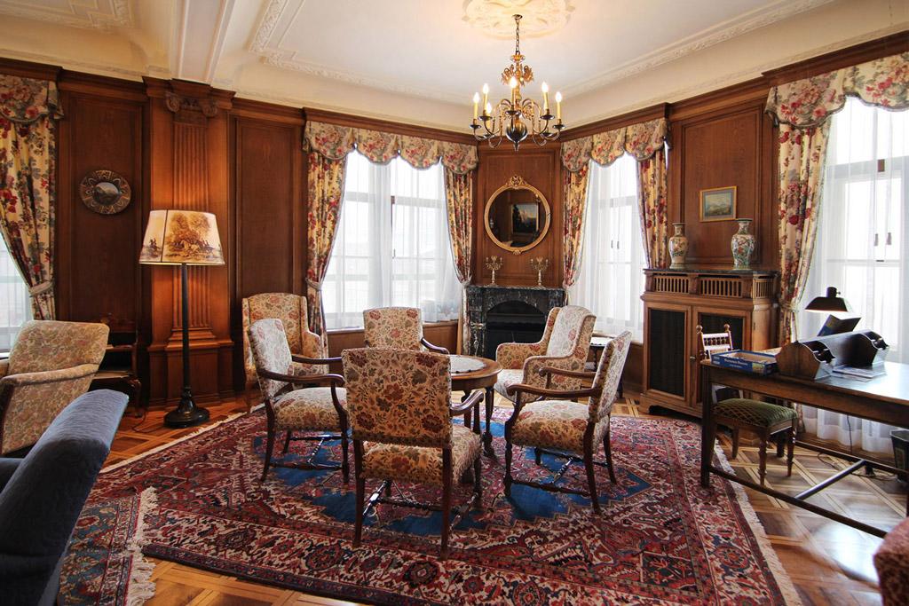 beat studer ag tapissier architecte d corateur innenarchitektur interior design hotel. Black Bedroom Furniture Sets. Home Design Ideas